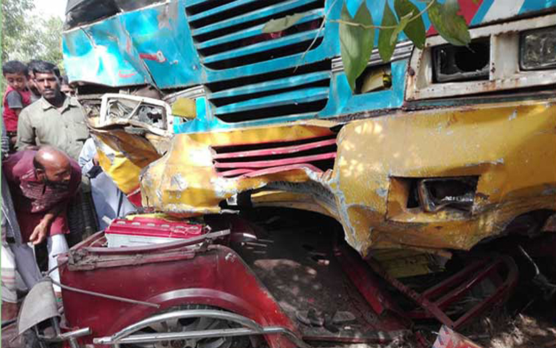 Seven killed in Panchagarh road crash