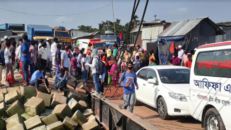 Bhola workers barred from going worplaces