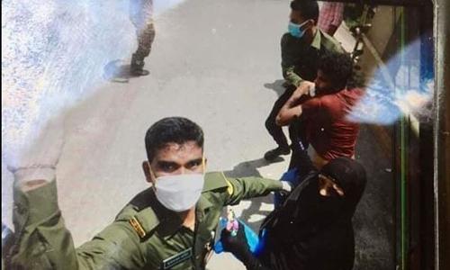 Ansars assault patient at Mugda Hospital, attack journo